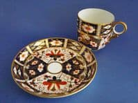 Royal Crown Derby 'Traditional Imari' Pattern 2451 Breakfast Cup and Saucer c1910